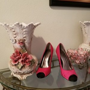 Bisou Bisou Hot Pink Unicorn Peep Toe Pumps